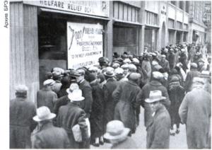 США. Очередь в социальную столовую. 1931.