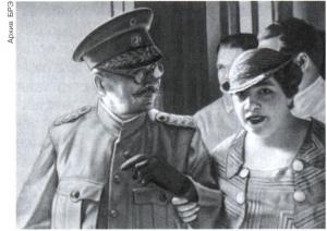 Кадр из фильма «Хуан Висенте Гомес и его эпоха». Режиссёр М. де Педро. 1975.